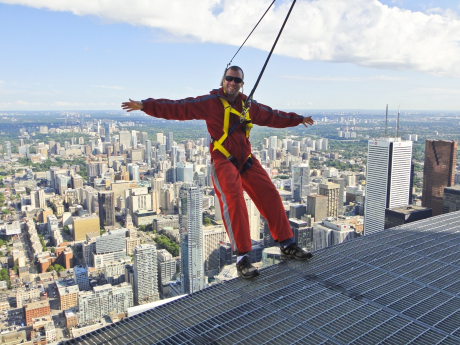 Edgewalking @ The CN Tower